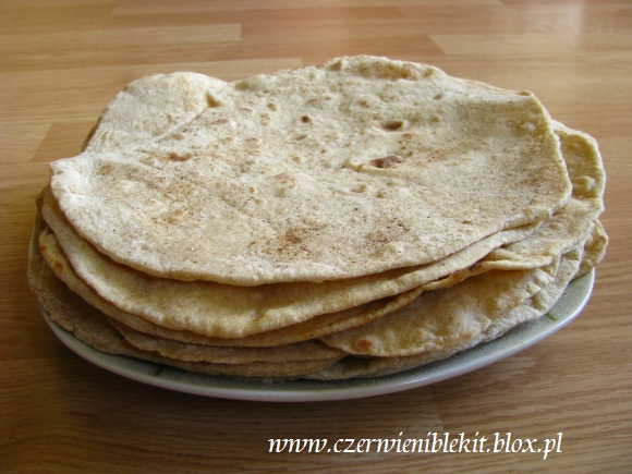 Domowe pszenne tortille